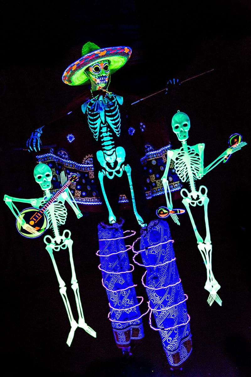 Day of the Dead mariachi puppeteer